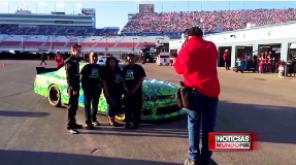 Mundo Fox | Tributo a los Donantes de Cornea y Tejidos en la Carrera de NASCAR